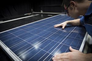 Sonnensimulator_fuer_Photovoltaik-Module